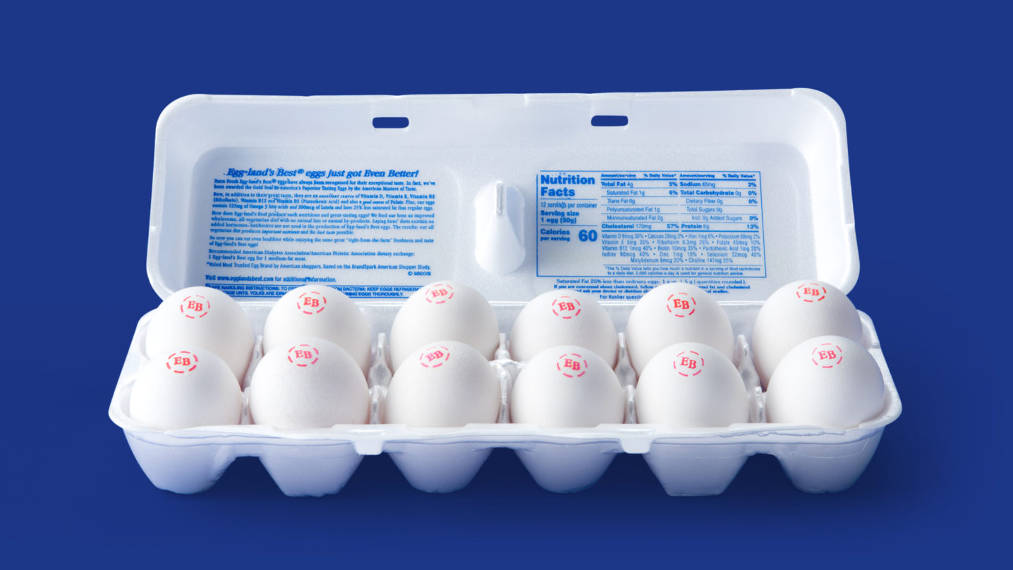 Eggland's Best Classic Eggs 12-Ct Carton Open