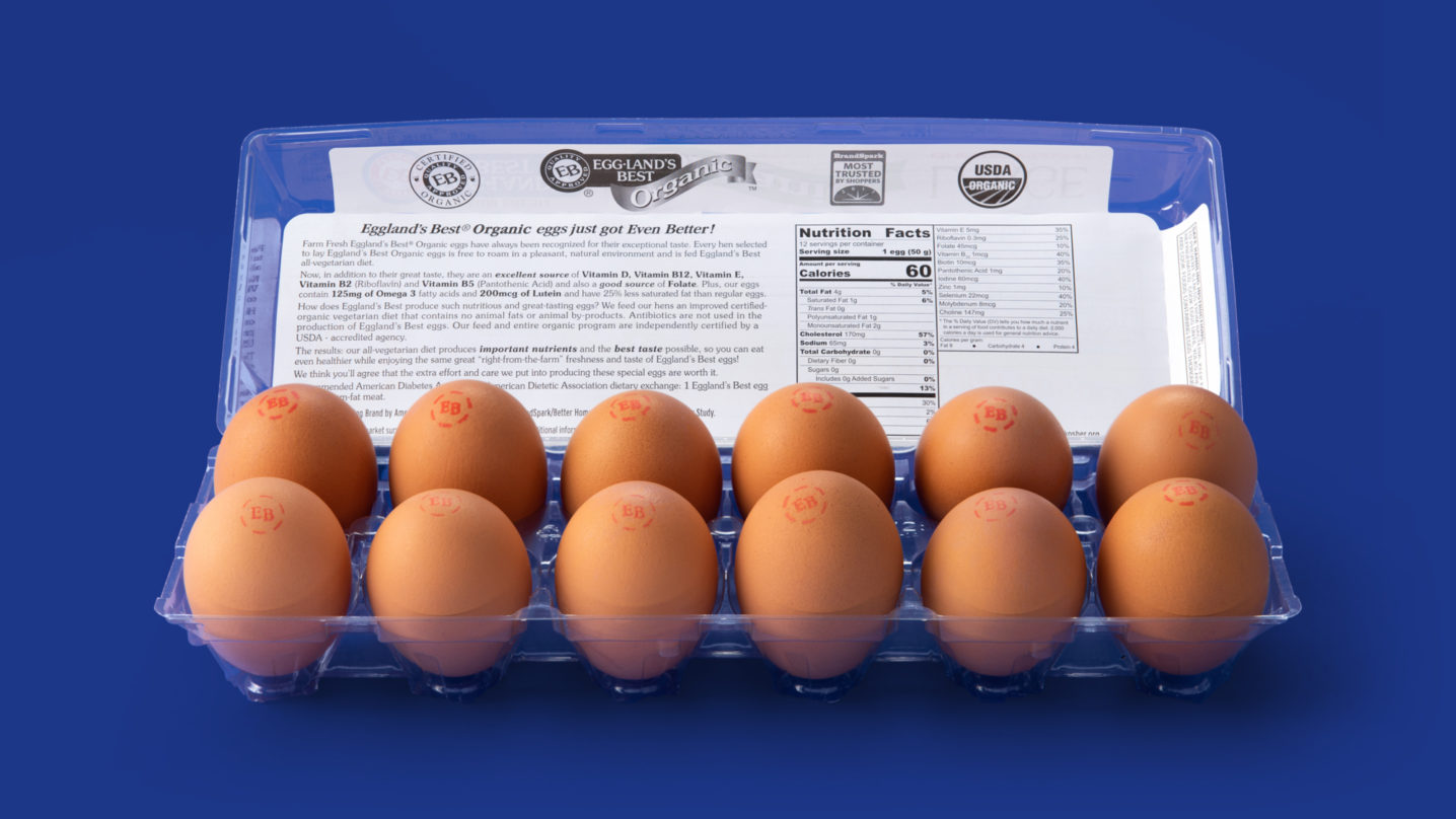 Eggland's Best 12 Count Organic Eggs Open