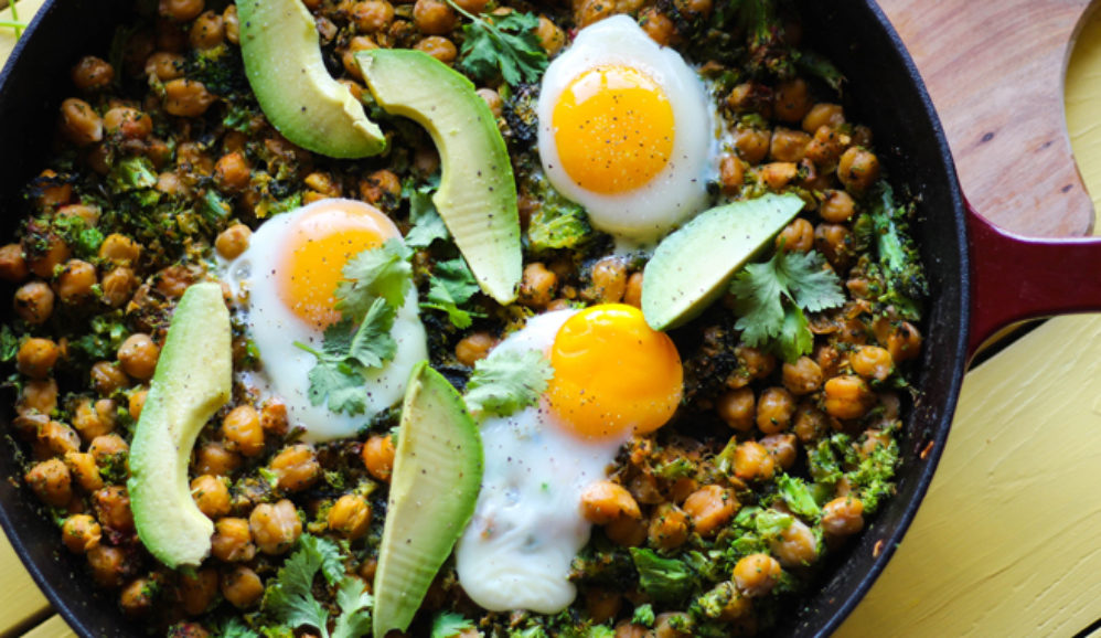 Skillet Chickpeas and Broccoli Rice