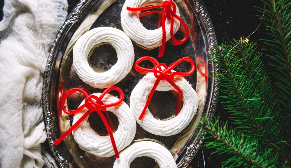 Snow-Covered Meringue Wreaths