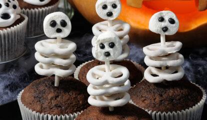 Scrumptious Skeleton Cupcakes