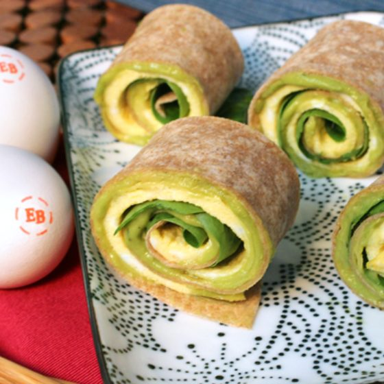 Photo of Spinach & Avocado Egg Sushi
