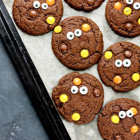 Photo of Eye-Catching Double Chocolate Crinkle Cookies