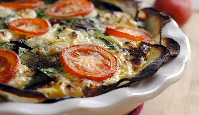 Tomato & Spinach Quiche with Potato Crust