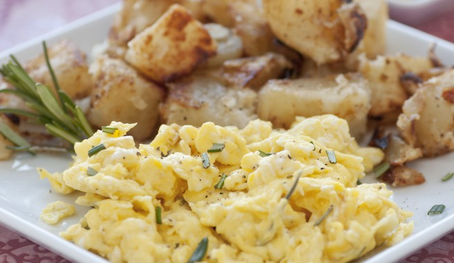 Scrambled Eggs with Potatoes and Onions