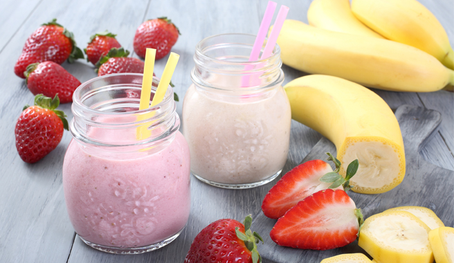 EB Strawberry Nut Pick Me Up Smoothie