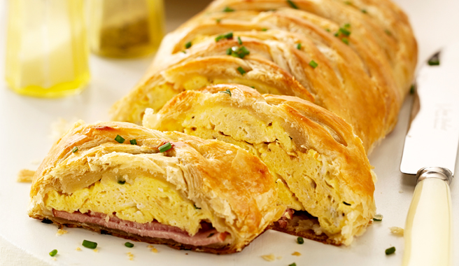 Eggs Benedict Brunch Braid