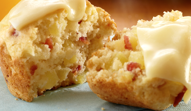 Bacon, Apple, Cheese Muffins