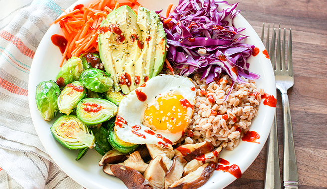 Veggie Bowl with Farro and Egg